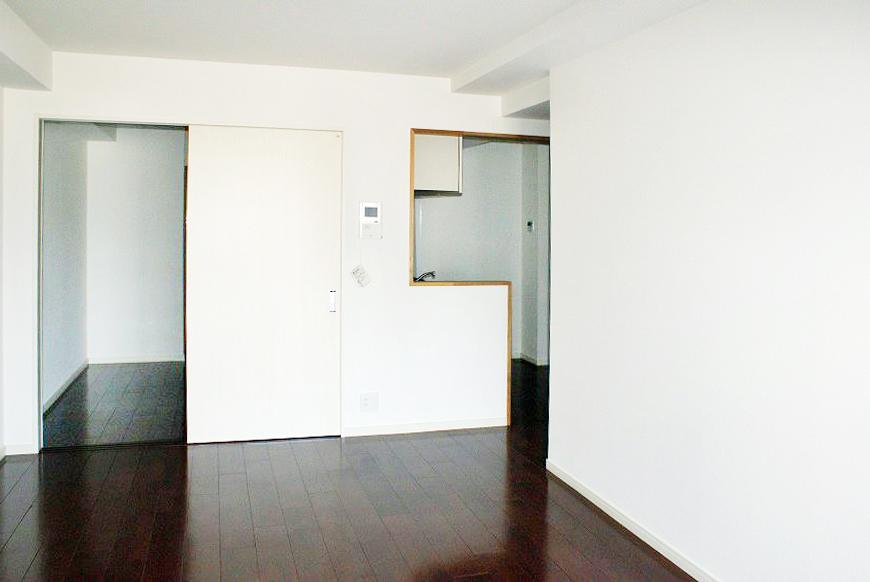 部屋数も多く生活感のあるファミリーマンション。