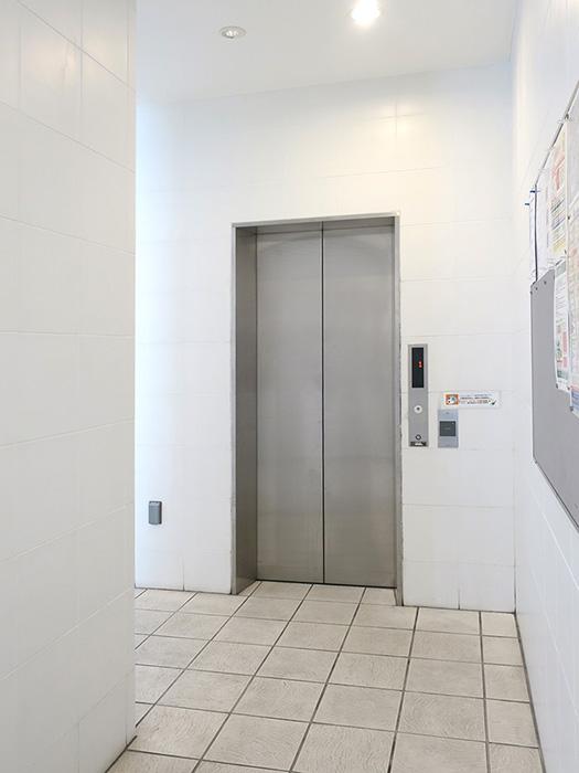 6_evホール