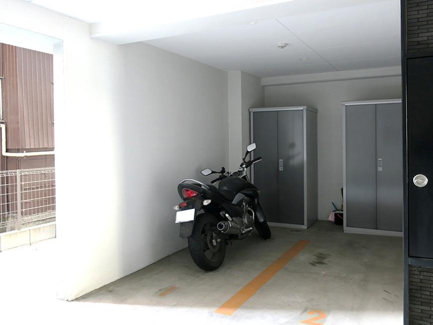 10_バイク置き場