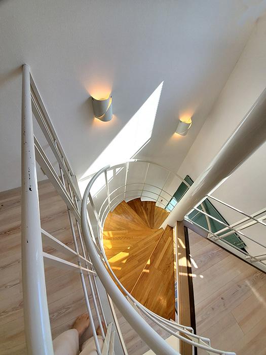 07螺旋階段の様子