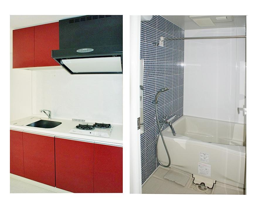 赤で映えるキッチンと、ブルーのタイルでレトロなバスルーム。