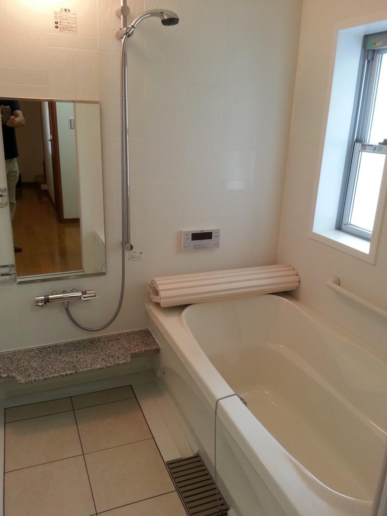 広いバスルーム。20140713_113756