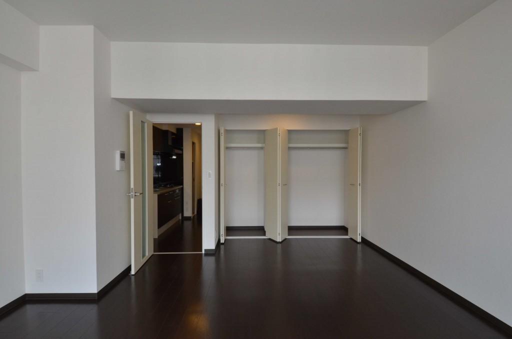 バルコニー側から見たお部屋。DSC_7607