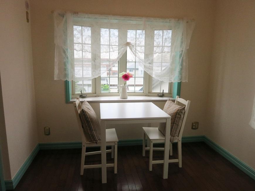 ピーターラビットとウェッジウッドが似合う窓辺で、紅茶の時間を楽しみたいですね。