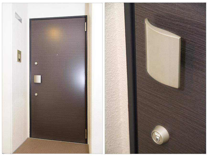 玄関はツーロックで安心。ノブもオシャレで使いやすくgennkann