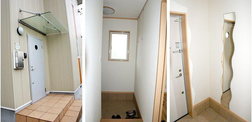 玄関も窓と鏡で光のプリズムimg_13