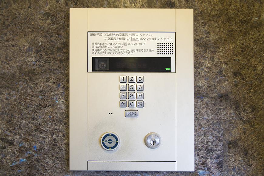 エントランスもエレベーターもオートロックimg_3260_1