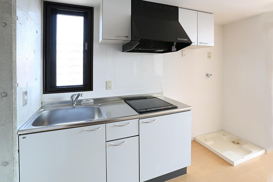 横には冷蔵庫、洗濯機スペース8a0a4382_1