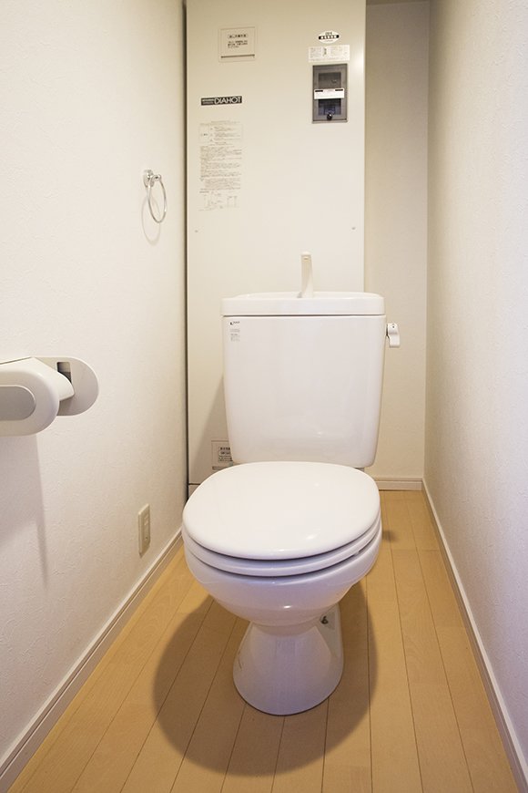 綺麗な室内のトイレ8a0a4430_1