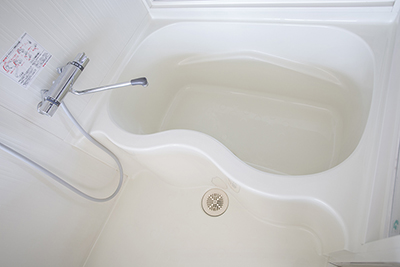 浴槽の形も個性的です。