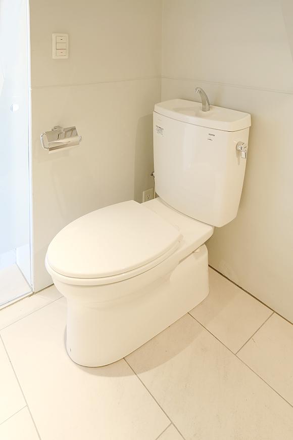 トイレもバスルームスグ左8a0a4599_1