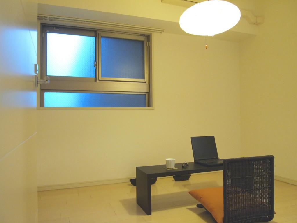 個室は書斎にしたくなる雰囲気と設備