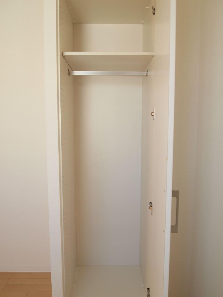 個室1クローク