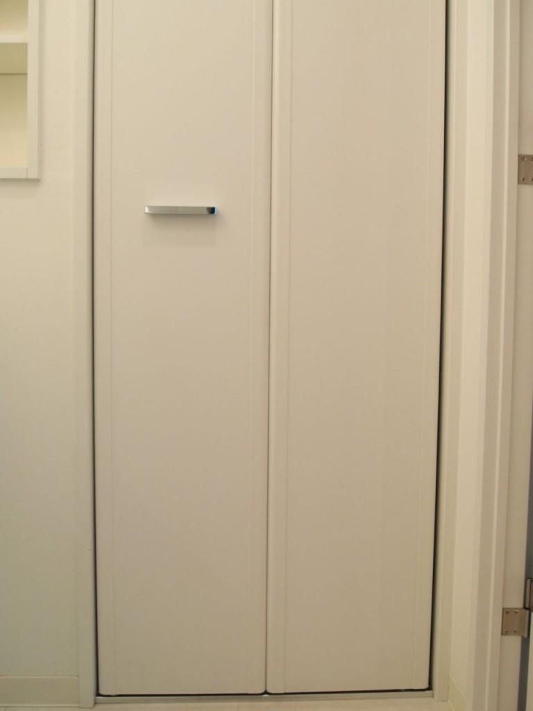 洗濯パンの扉を閉めるとこんな感じにスッキリ。