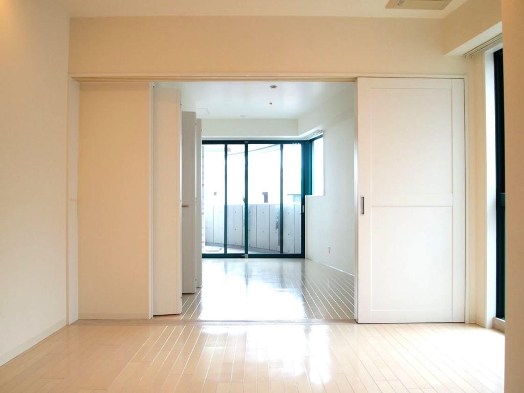 個室を開けると、こんなに明るい。