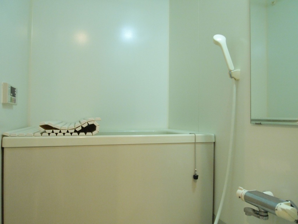 都会の1Kには珍しい、孤立したバスルーム。