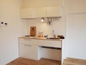 無駄のないシンプルなつくりのキッチンは女性に人気です。