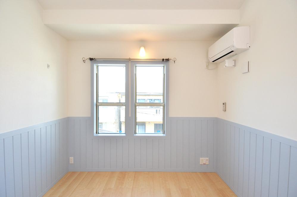 白い壁に水色がかわいらしい雰囲気♡_DSC_4711