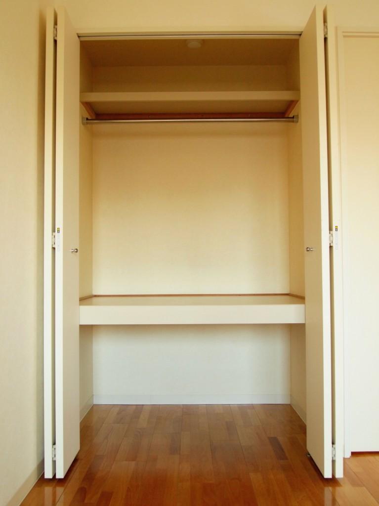 収納力抜群な、収納棚も完備されています。