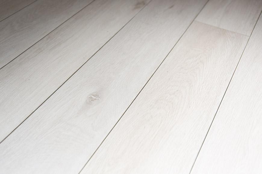 無垢な温かさの床TOMO7989