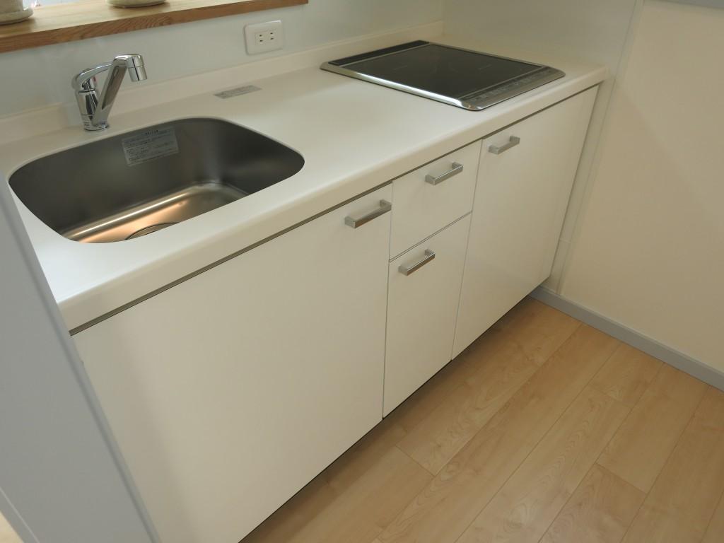 カラーバリエーション:白いキッチン