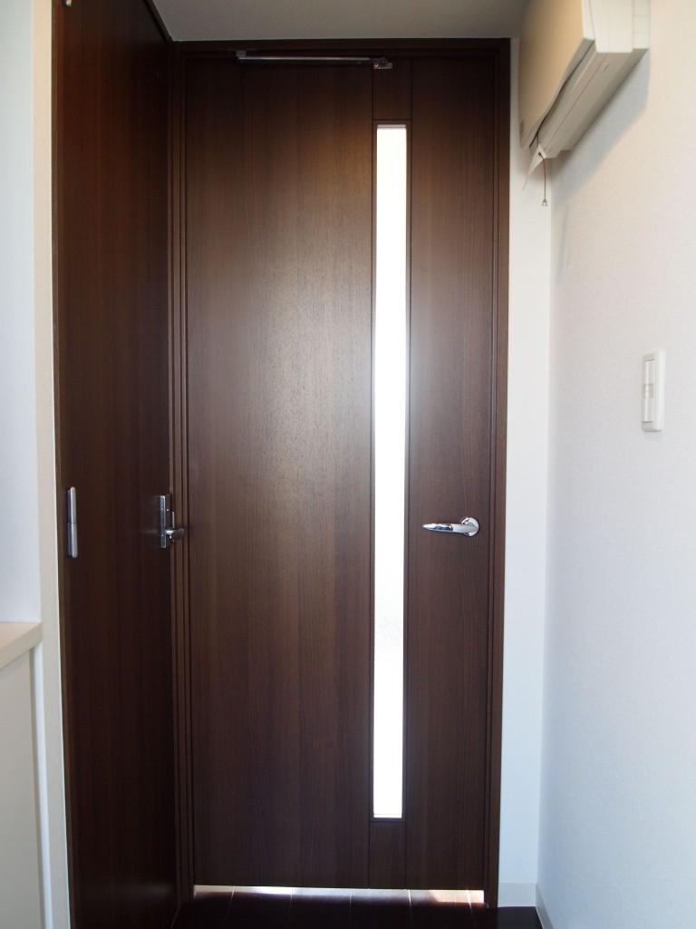 玄関入って正面の扉を開けるとLDKOLYMPUS DIGITAL CAMERA