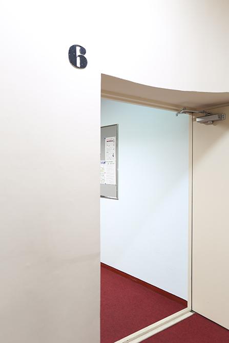六階エレベーター。8A0A7481_670