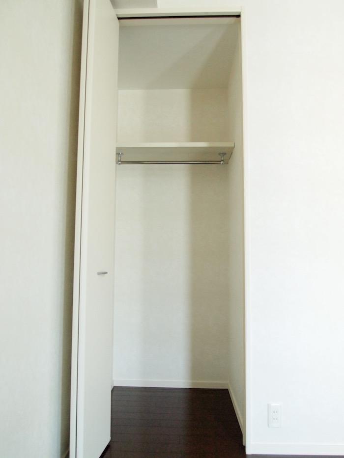 3つの洋室それぞれにクローゼットがついています。