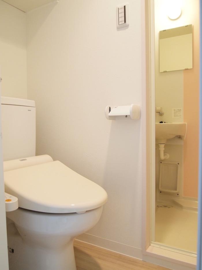 バスルームとトイレが別々になっているところはポイント高し。