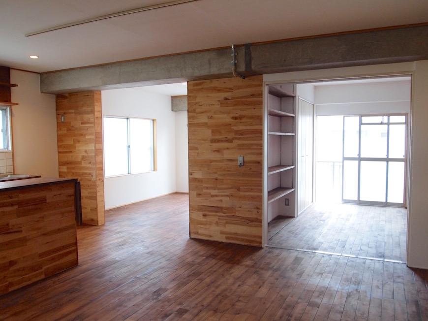 部屋に入ると一面woodな空間になっています。