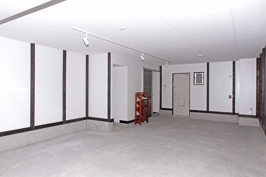 設備や照明もバッチリのガレージ内です_MG_6682