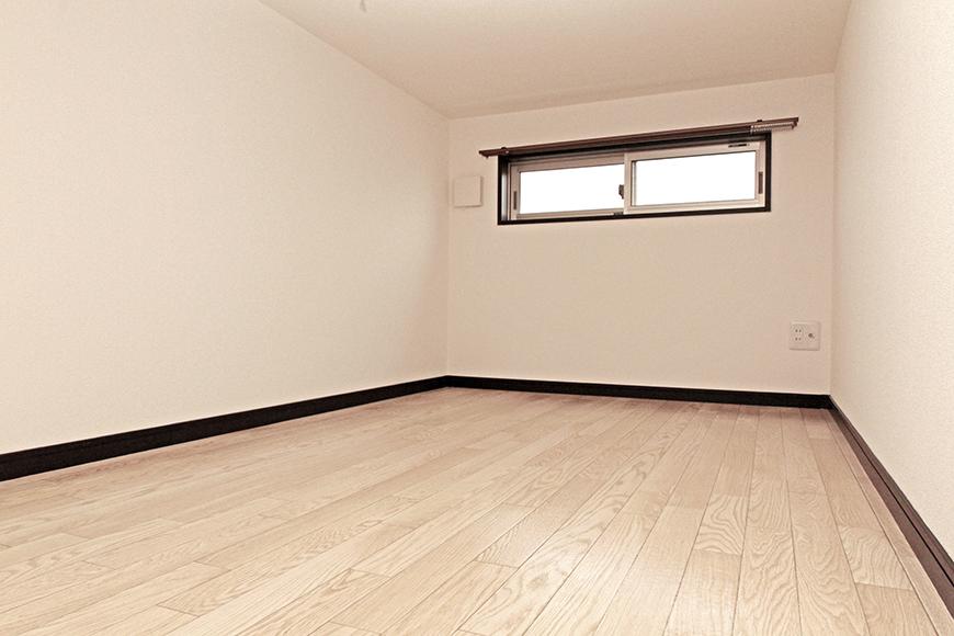 充分な広さの3.7帖のロフト☆窓もしっかりとあります!_MG_6840