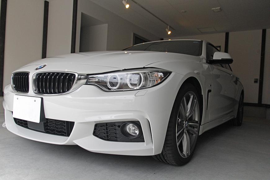 ガレージに愛車を停めたイメージ写真です_MG_9026