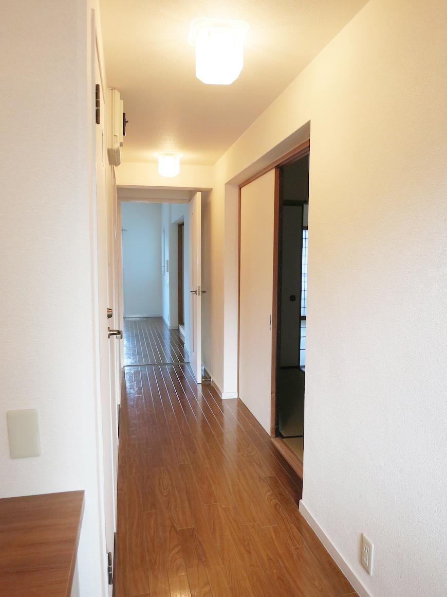 廊下(玄関側から)_IMG_3318_rth