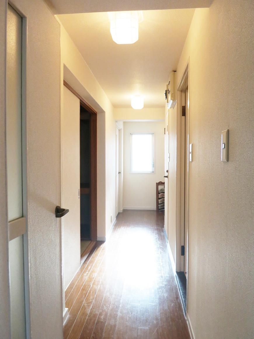 廊下(リビング側から)IMG_3320_rth