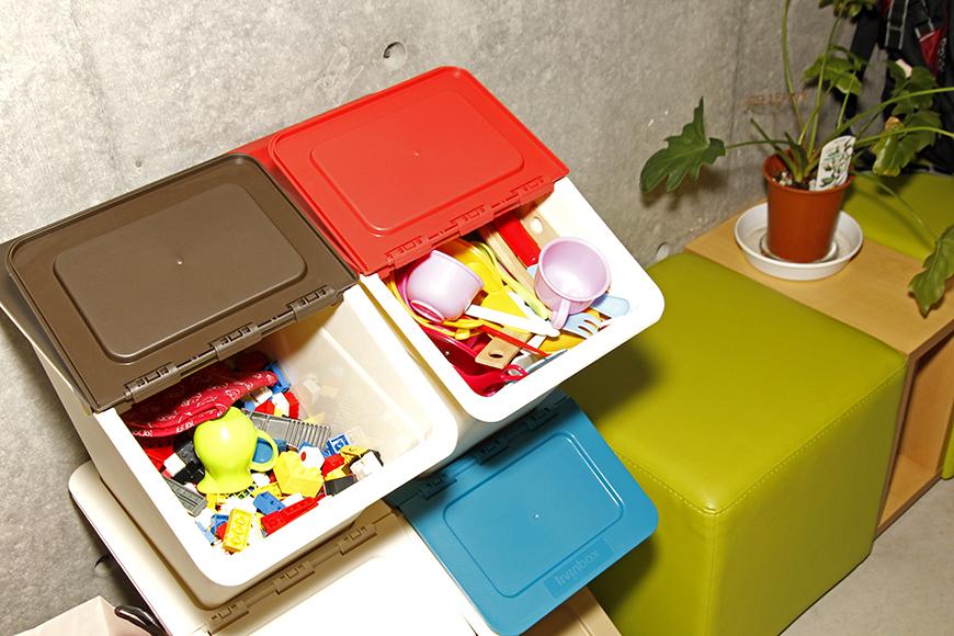 お子様も多いので、自然とおもちゃが集まります_MG_0911