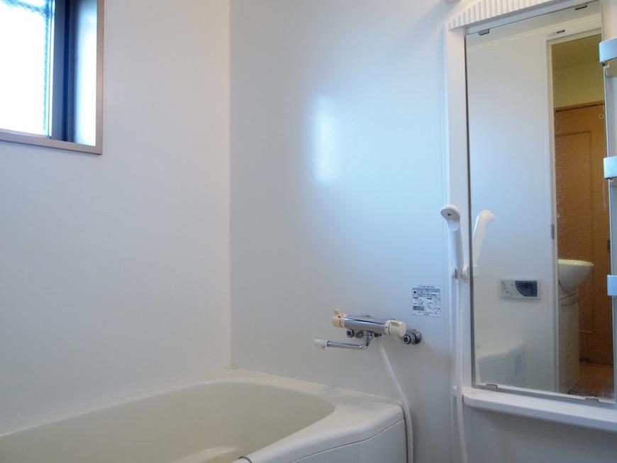 綺麗なバスルーム。