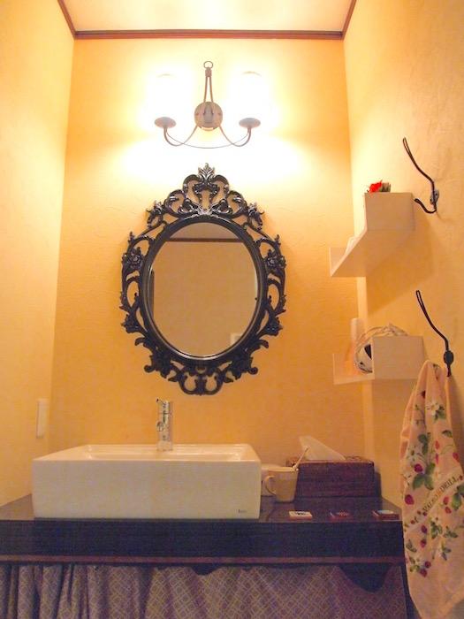 どれも個性的な洗面で、女の子のいるシェアハウスにはありがたいです。たいですよね。
