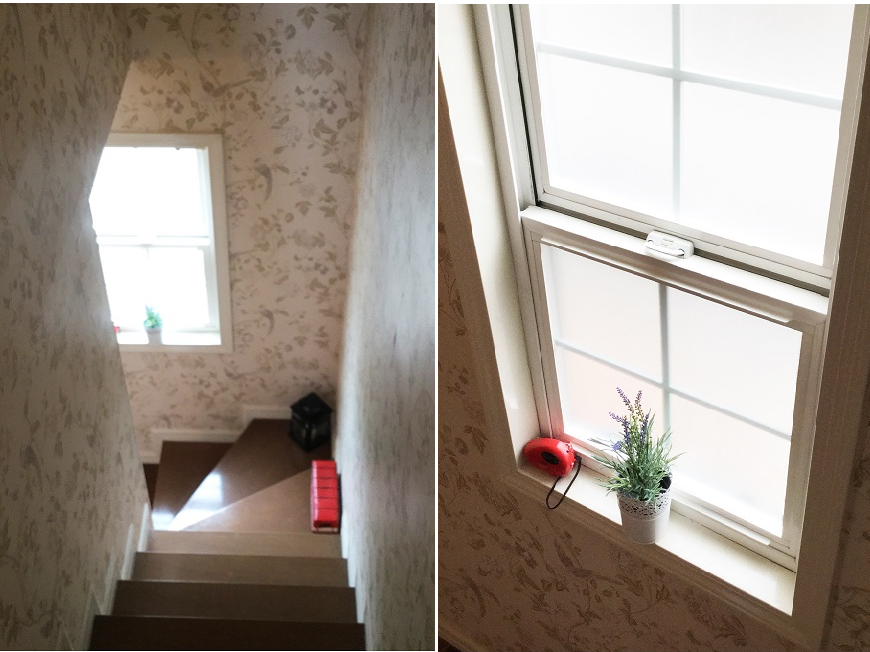 階段もテラスハウスならではの立体窓からこぼれる光に足取りも軽い。