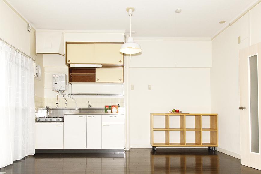 白でまとめられたシンプルなキッチン_MG_1693