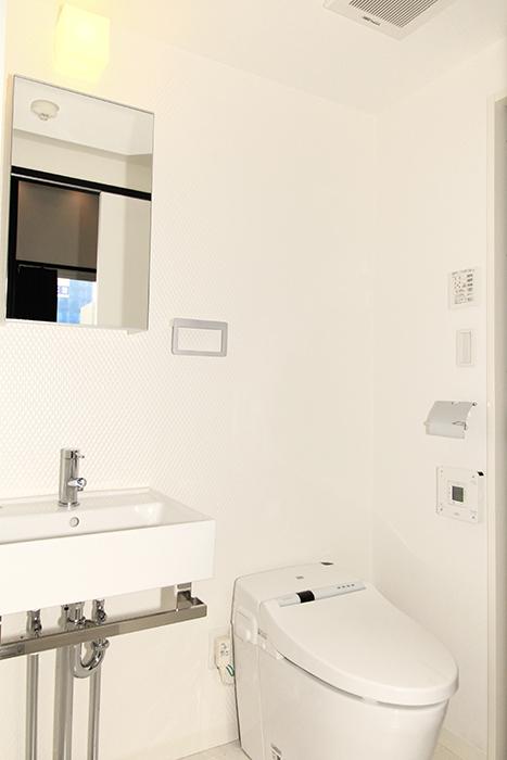 シンプルでスッキリな洗面とタンクレストイレ_MG_2452