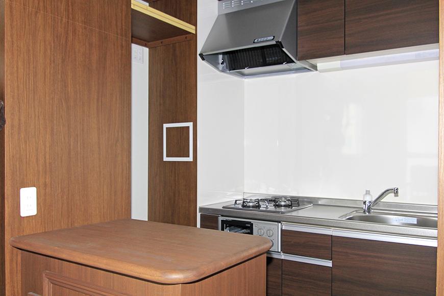 上から見えていたキッチンはこんな感じになっています。