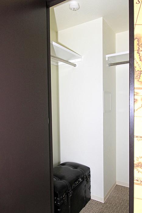 向かって左の扉はクローゼットです_MG_2843