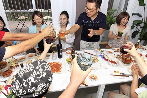 菊代さんのご主人も合流し、改めてサルー(乾杯)☆_MG_6905