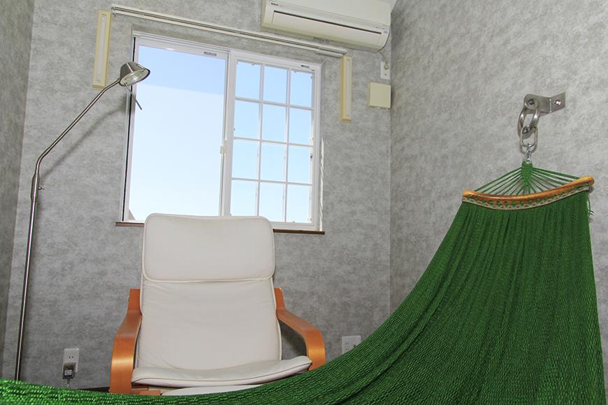 リゾート気分が高まるハンモックが部屋の中に!_MG_9807