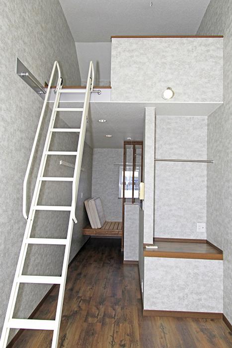 ロフトも完備。ハシゴ階段でGo!_MG_9857