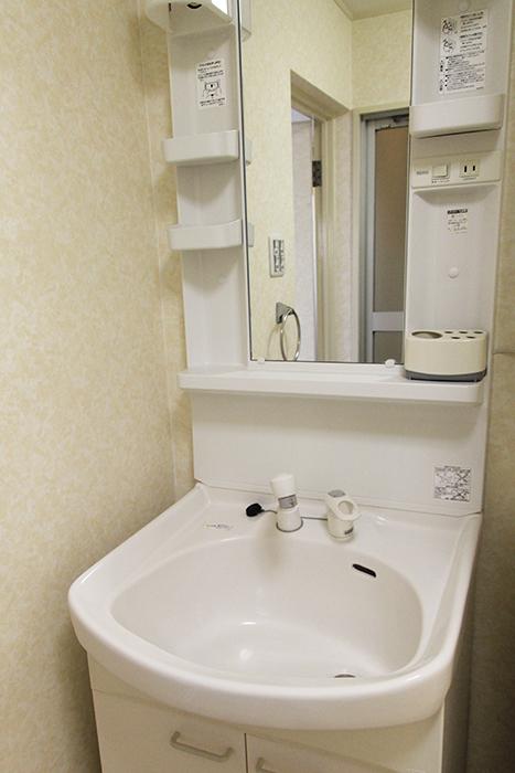 独立洗面台です。やっぱりシンプルが一番!_MG_0031