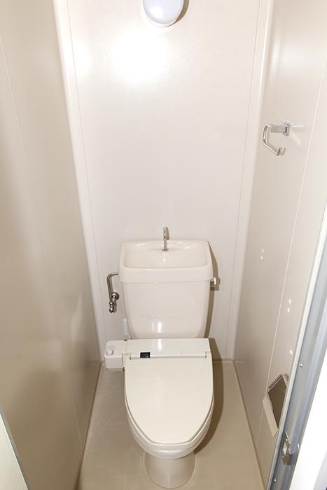 ウォシュレット(温水洗浄便座)新設のトイレ_MG_8457