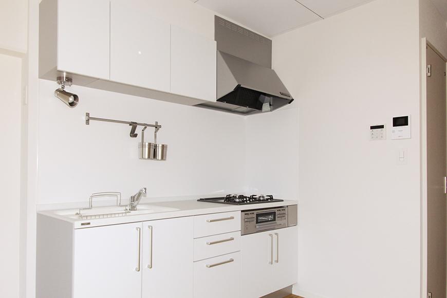 白を基調としたキッチンはシンプル&コンパクト!_MG_8688