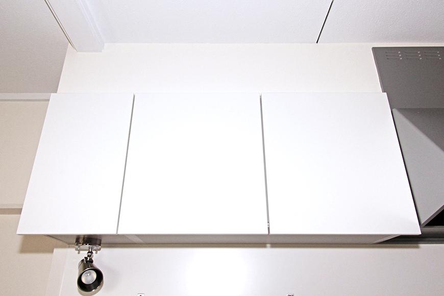 キッチン頭上の収納もバッチリ!(オープン前)_MG_8701s